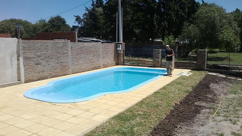 Nossa piscina gigante blog da igui a sua piscina for Piscinas de fibra instaladas